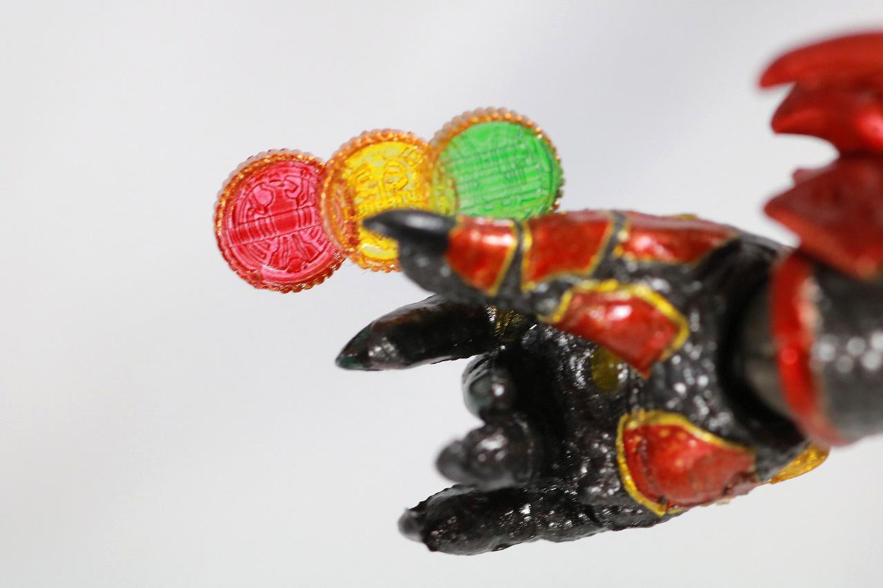 S.H.フィギュアーツ アンク 真骨彫製法 レビュー 付属品 手首 タカ トラ バット コアメダル タトバ