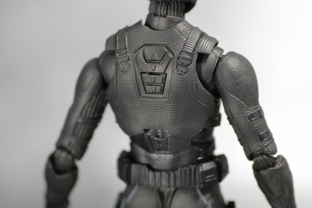 S.H.フィギュアーツ スパイダーマン ステルス・スーツ レビュー 全身