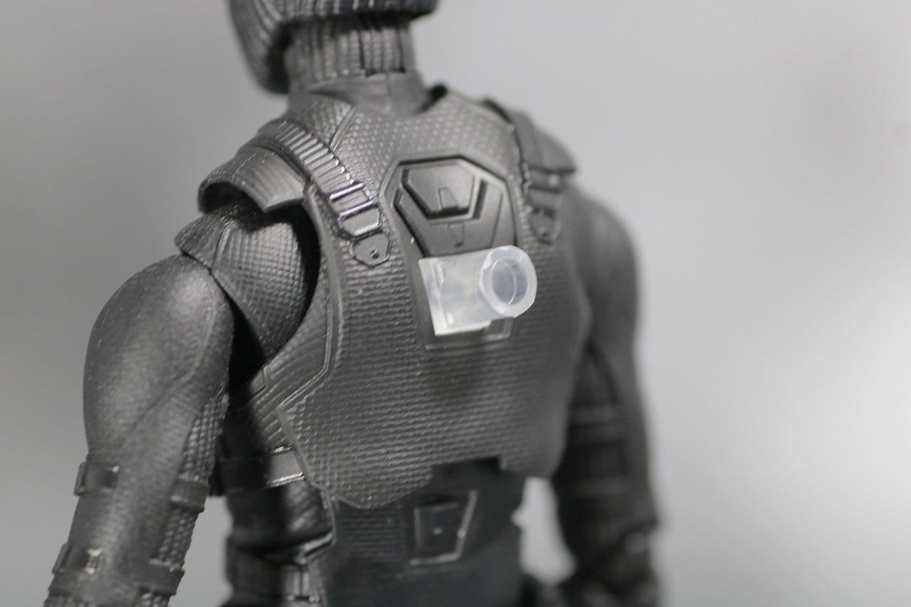 S.H.フィギュアーツ スパイダーマン ステルス・スーツ レビュー 付属品 台座用アタッチメントパーツ
