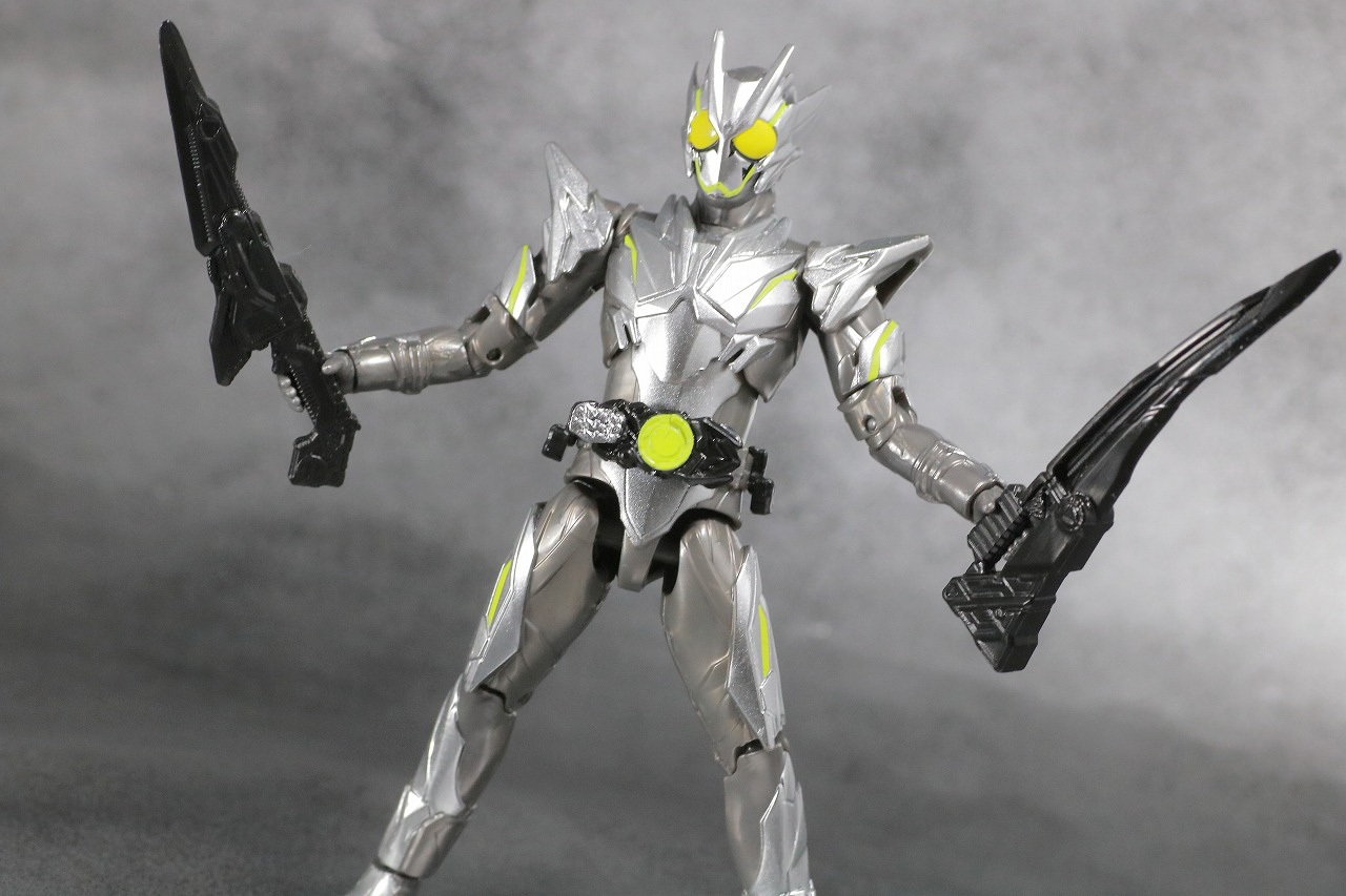 S.H.フィギュアーツ 仮面ライダーゼロワン メタルクラスタホッパー レビュー アクション