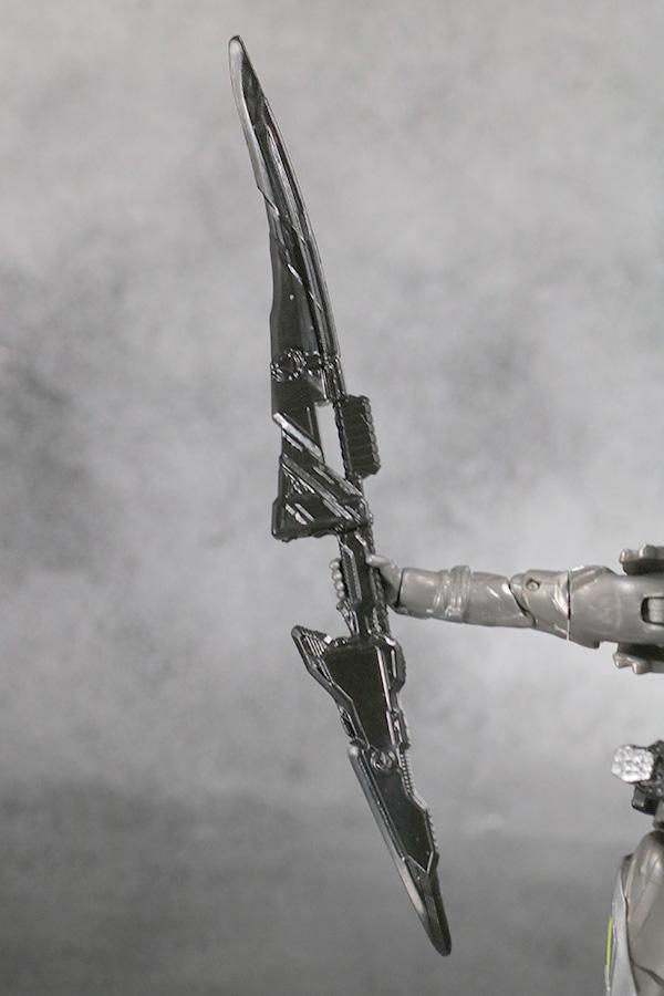 S.H.フィギュアーツ 仮面ライダーゼロワン メタルクラスタホッパー レビュー 付属品 アタッシュカリバー プログライズホッパーブレード
