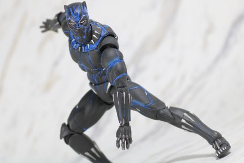 ブラックパンサーのスーツ、強化の理由はブラックウィドウ? - スーツ製作の裏話が明らかに