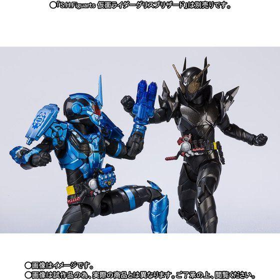 S.H.フィギュアーツ 仮面ライダーメタルビルド
