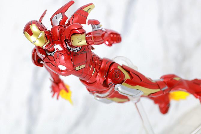 Comicave Studios コミケイブスタジオ アイアンマン マーク7 レビュー 全身 S.H.フィギュアーツ アイアンマン マーク7 アクション