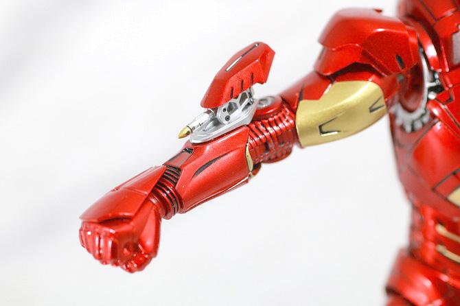 Comicave Studios コミケイブスタジオ アイアンマン マーク7 レビュー 付属品 小型ミサイル