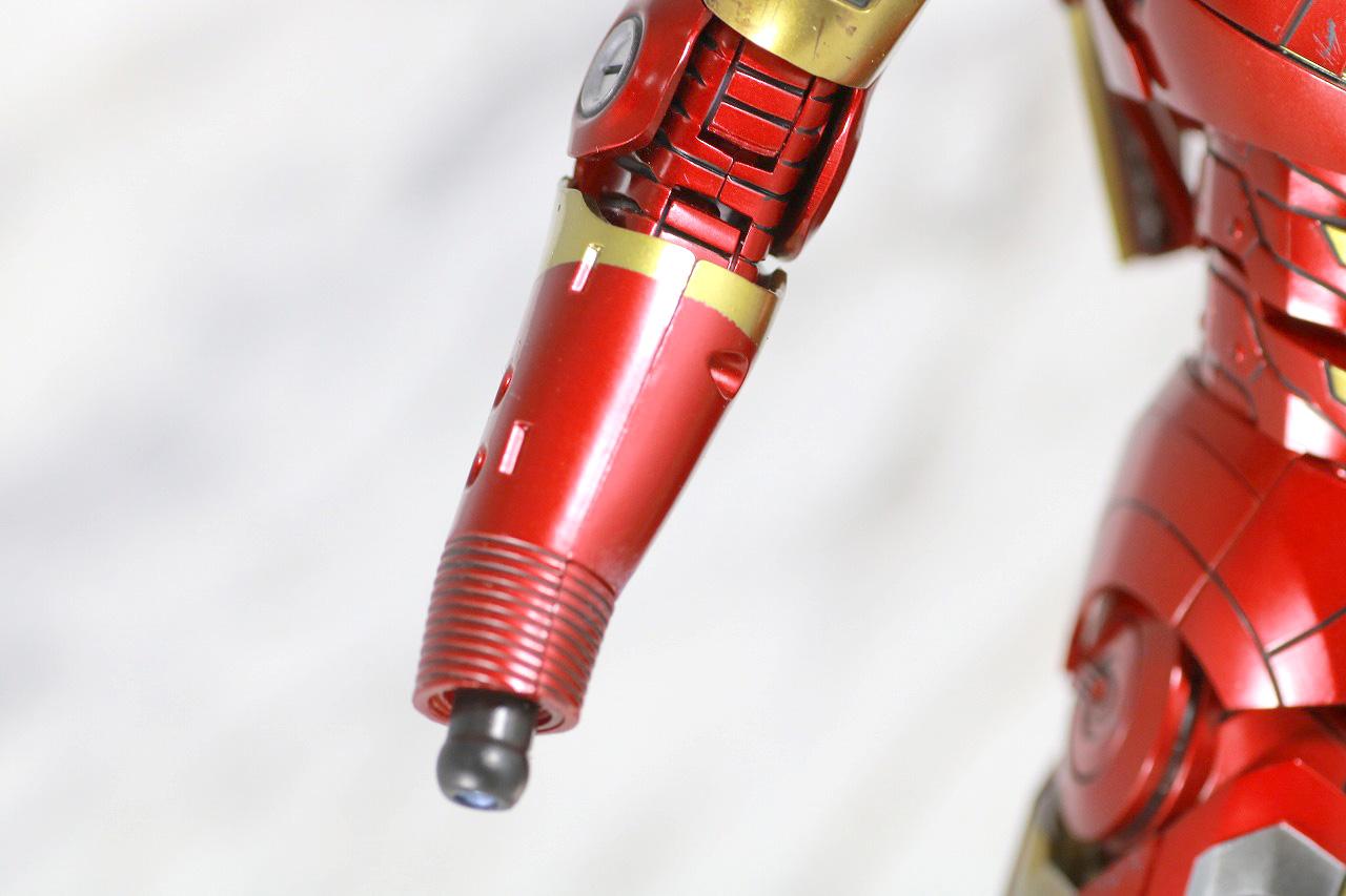 ホットトイズ ムービー・マスターピース DIECAST アイアンマン マーク7 レビュー 付属品 腕 小型ロケット
