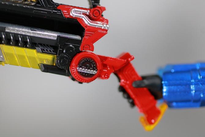 S.H.フィギュアーツ 仮面ライダービルド タンクタンクフォーム レビュー 付属品 フルボトルバスター
