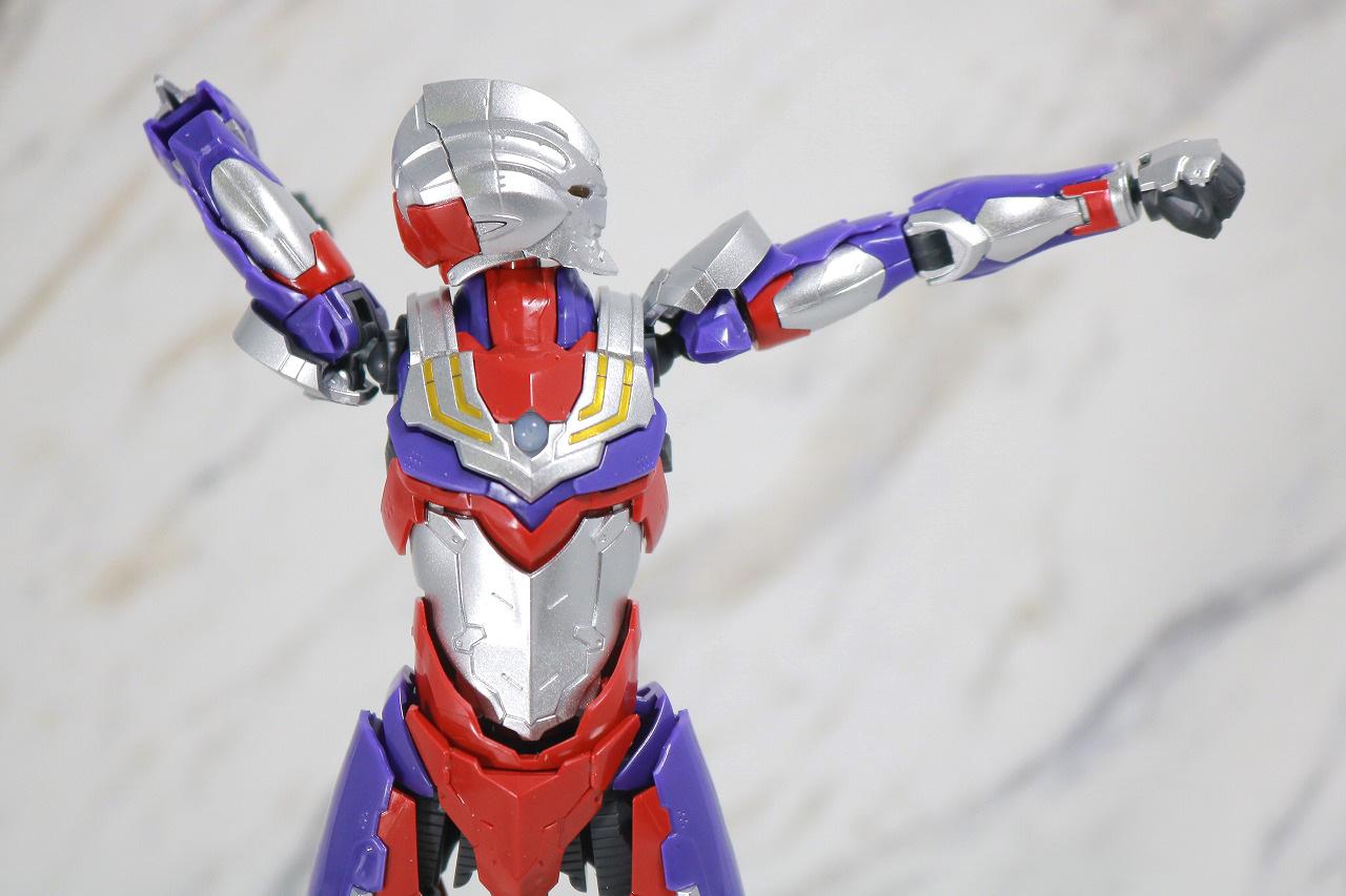 Figure-rise Standard ULTRAMAN SUIT TIGA ウルトラマンティガ レビュー 可動範囲