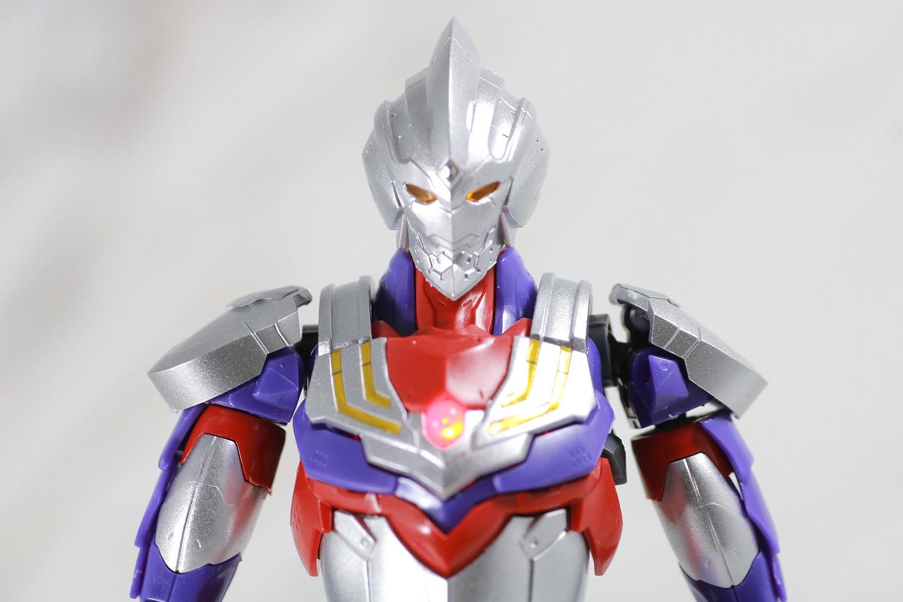 Figure-rise Standard ULTRAMAN SUIT TIGA ウルトラマンティガ レビュー LED