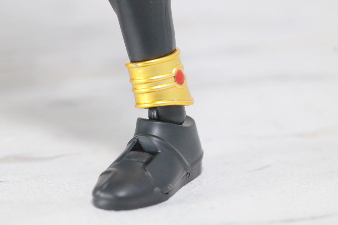 Figure-rise Standard 仮面ライダークウガ マイティフォーム レビュー 全身