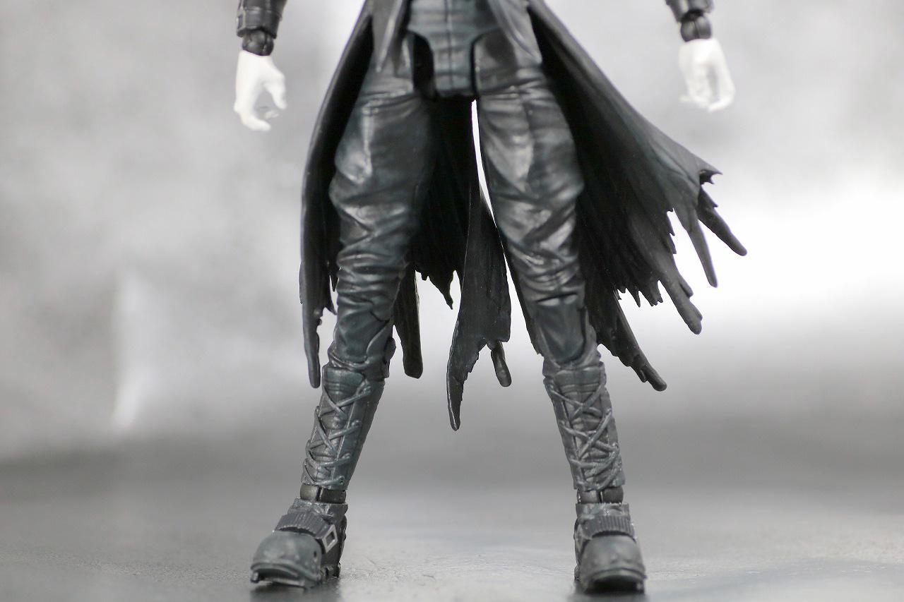 DCマルチバース バットマン フー・ラフス レビュー 全身