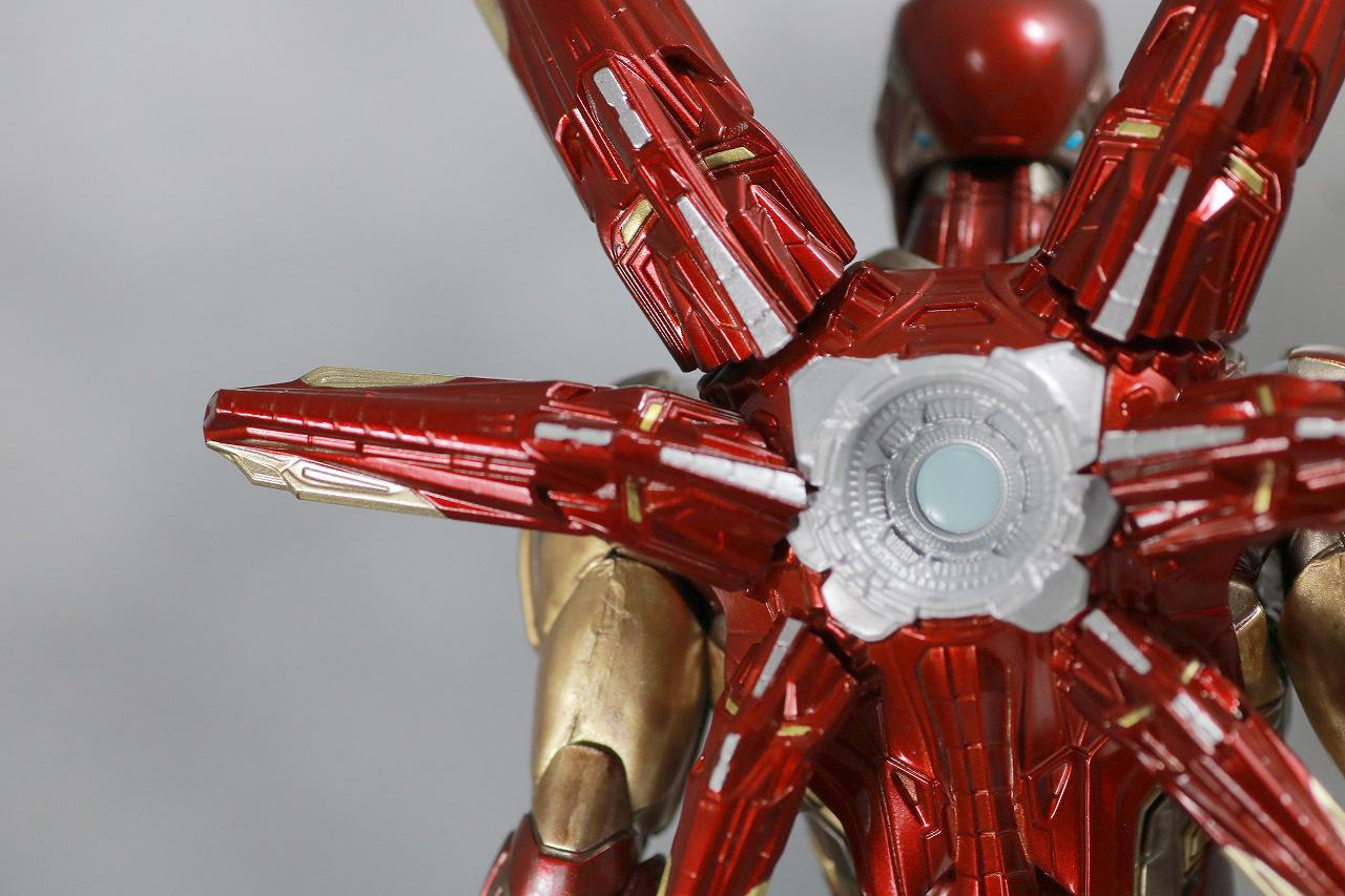 S.H.フィギュアーツ アイアンマン マーク85 FINAL BATTLE EDITION レビュー 付属品 ナノ・ライトニング・リフォーカサー