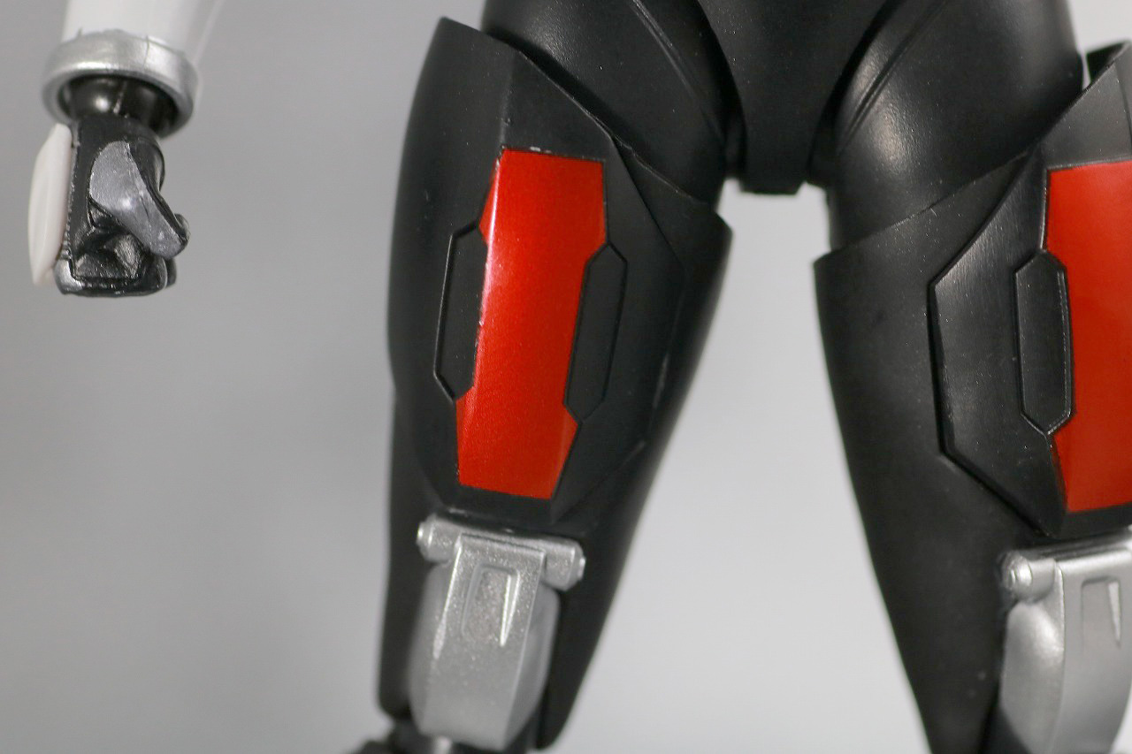S.H.フィギュアーツ 仮面ライダー電王 ソードフォーム 真骨彫製法 レビュー 全身