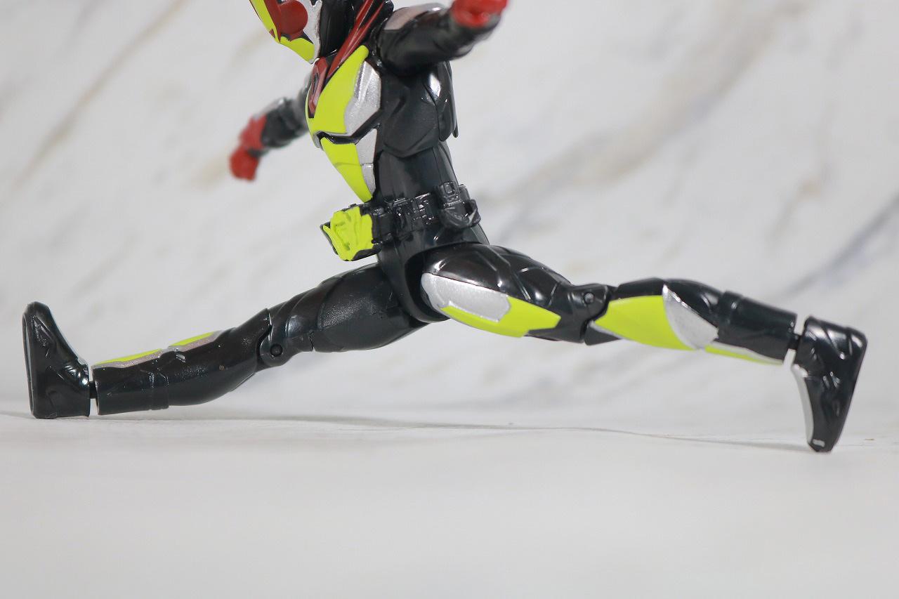 RKF 仮面ライダーゼロツー レビュー 可動範囲