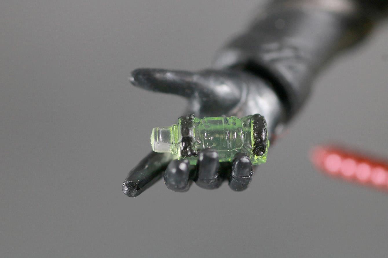 S.H.フィギュアーツ 仮面ライダーメタルビルド レビュー 付属品 電車フルボトル