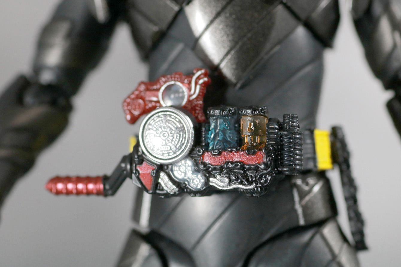 S.H.フィギュアーツ 仮面ライダーメタルビルド レビュー 付属品 キードラゴン フルボトル