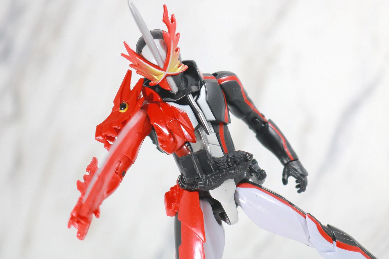 RKF 仮面ライダーセイバー ブレイブドラゴン レビュー アクション