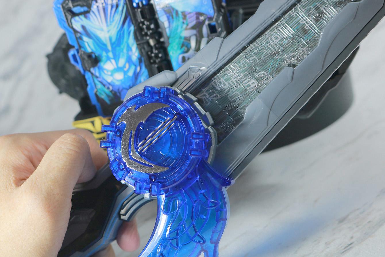 DX聖剣ソードライバー&水勢剣流水エンブレム&ライオン戦記ワンダーライドブック レビュー 遊び