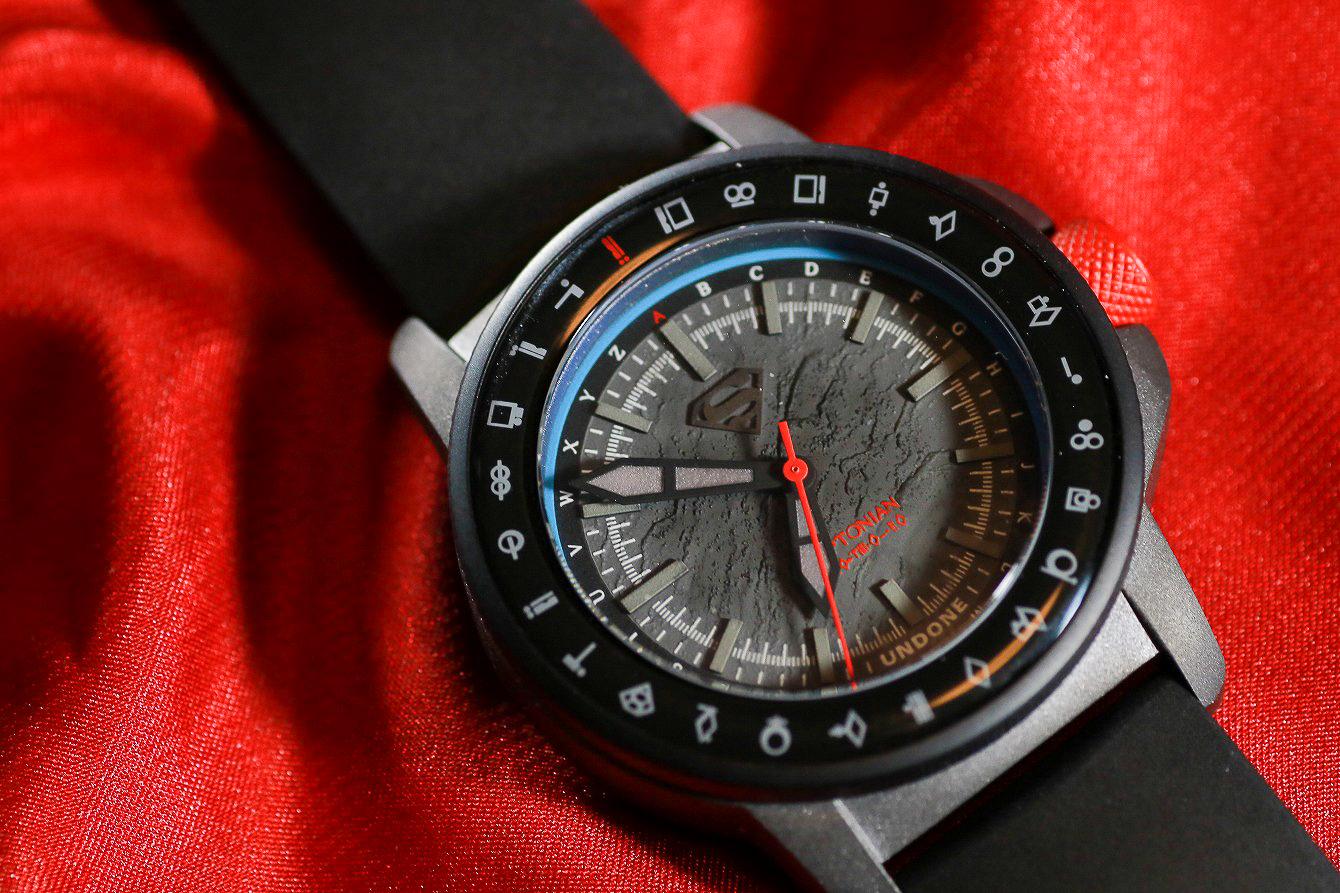 UNDONE スーパーマンモデルをレビュー。 - 腕時計で表すスーパーマンのアイデンティティ