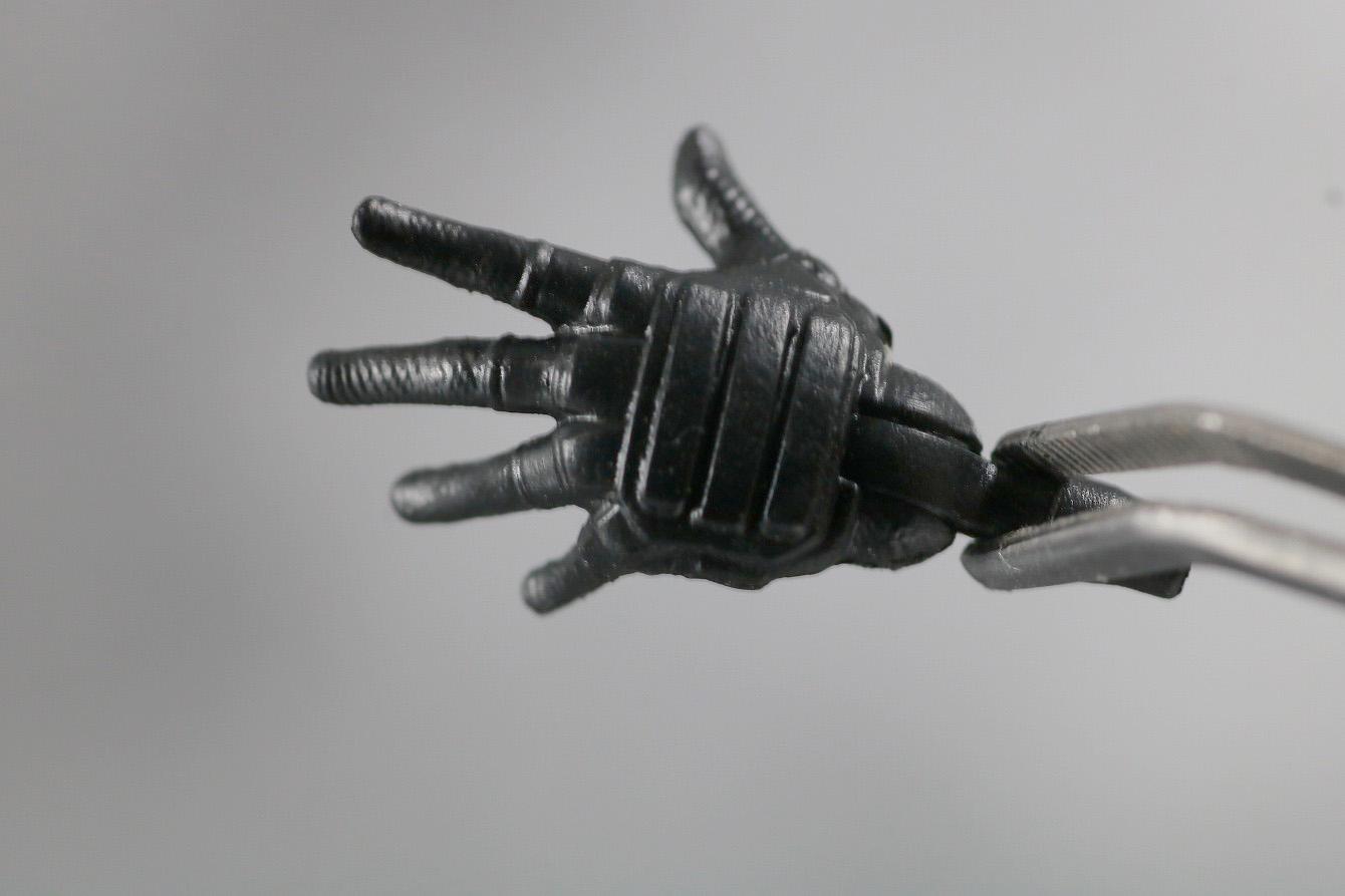 マーベルレジェンド デッドプール 実写版 レビュー 付属品 手首 開き手