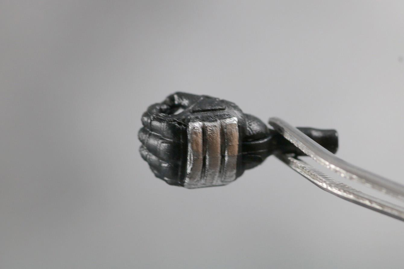 マーベルレジェンド デッドプール 実写版 レビュー 付属品 手首 刀 ナイフ 持ち手
