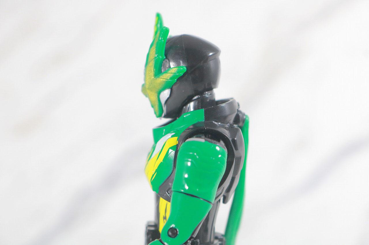 RKF 仮面ライダー剣斬 猿飛忍者伝&猿飛ぶた3フォームチェンジセット レビュー 可動範囲