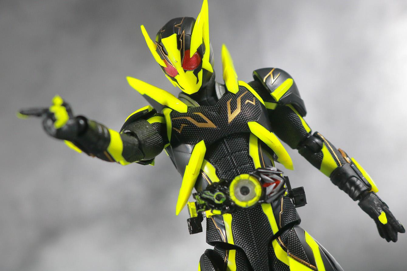 S.H.フィギュアーツ 仮面ライダーゼロワン シャイニングホッパー レビュー アクション
