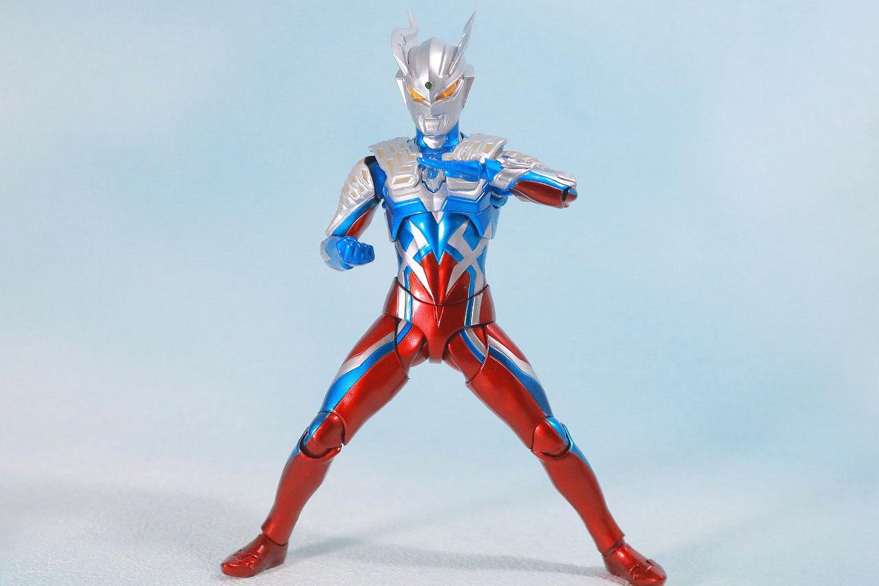 S.H.フィギュアーツ ウルトラマンゼロ 10th Anniversary スペシャルカラーVer. レビュー アクション