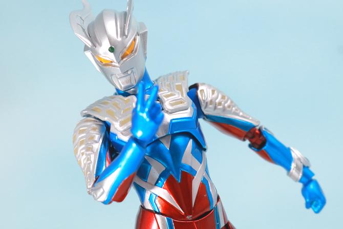 S.H.フィギュアーツ ウルトラマンゼロ 10th Anniversary スペシャルカラーVer. レビュー