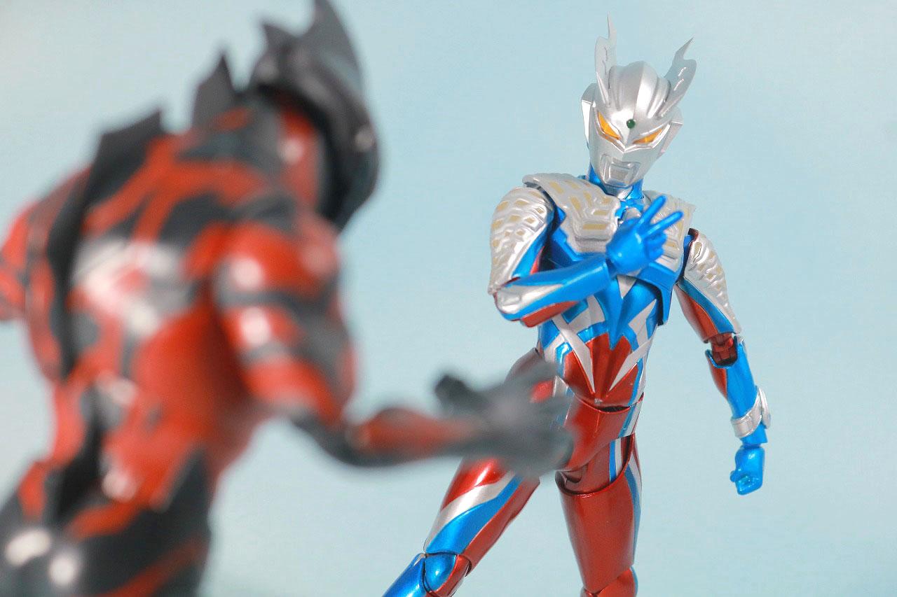 S.H.フィギュアーツ ウルトラマンゼロ 10th Anniversary スペシャルカラーVer. レビュー アクション ウルトラマンベリアル