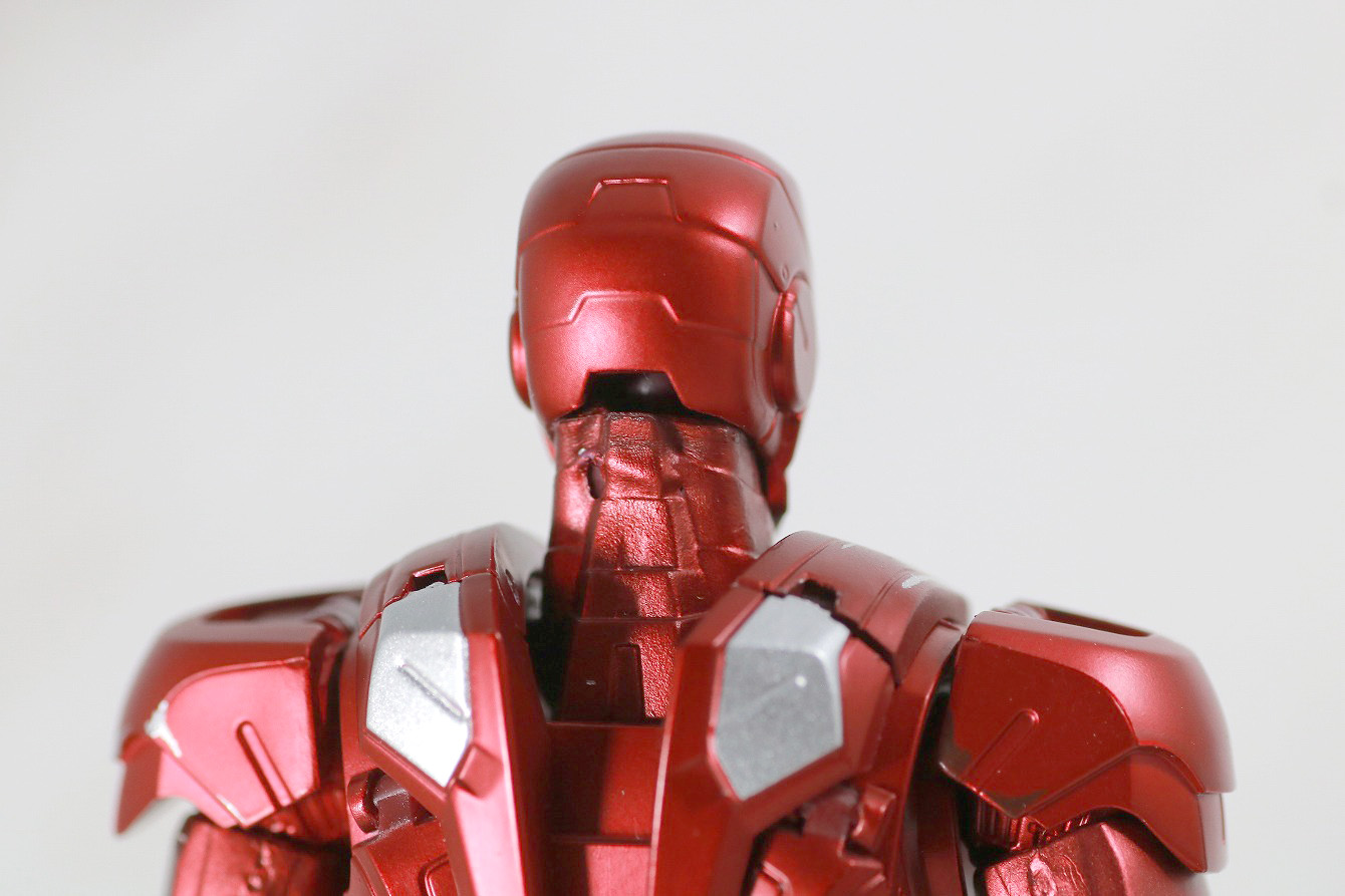 S.H.フィギュアーツ アイアンマン マーク7 AVENGERS ASSEMBLE EDITION レビュー 本体