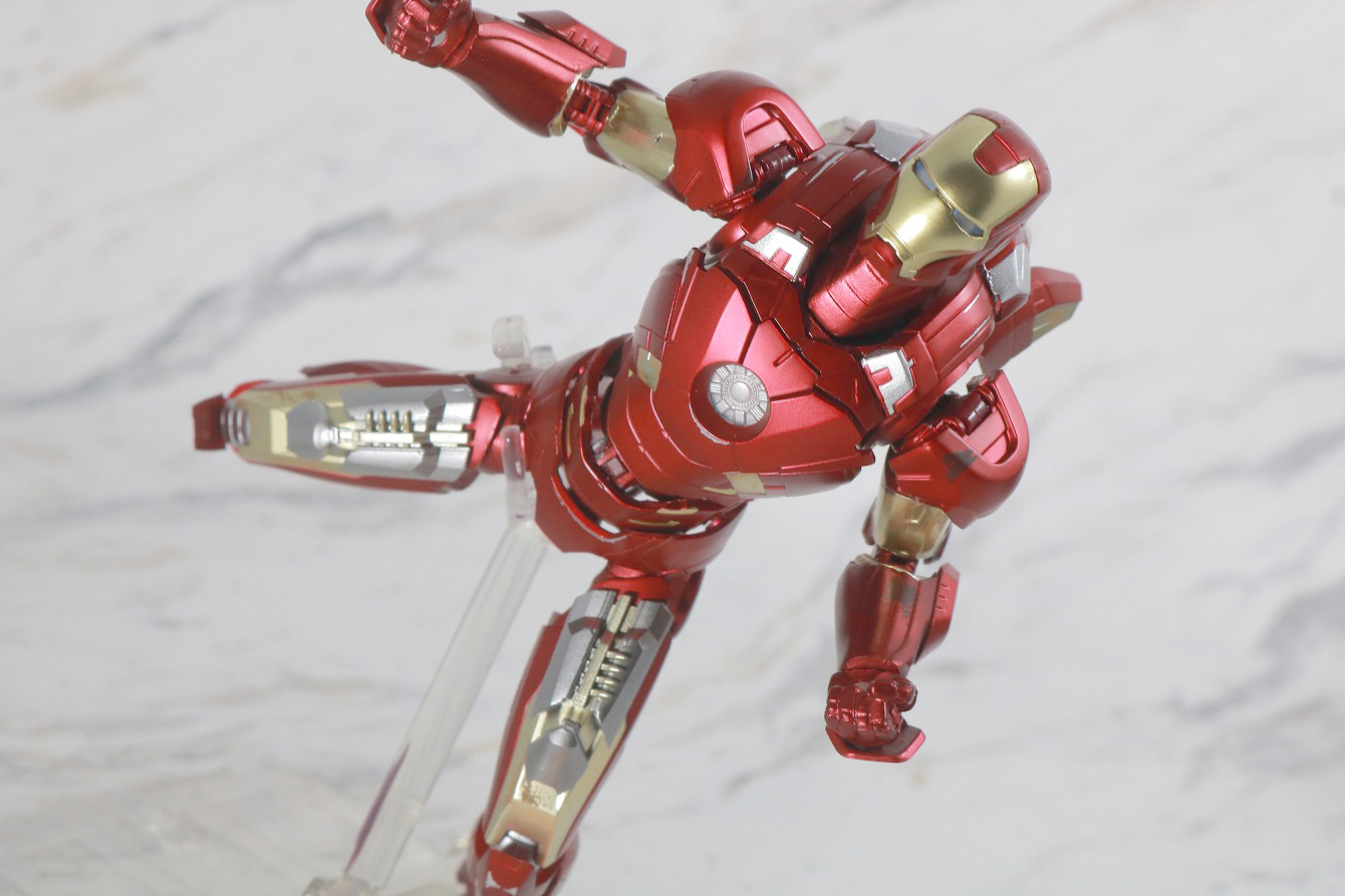 S.H.フィギュアーツ アイアンマン マーク7 AVENGERS ASSEMBLE EDITION レビュー アクション