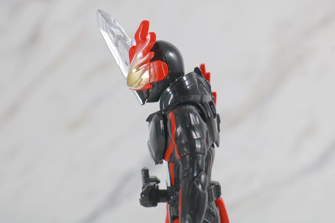 RKF 仮面ライダーセイバー ドラゴニックナイト&ワンダーコンボセット レビュー 可動範囲 ブレイブドラゴン