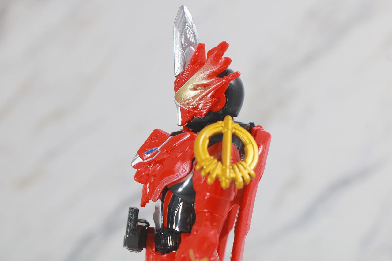 RKF 仮面ライダーセイバー ドラゴニックナイト&ワンダーコンボセット レビュー 可動範囲 クリムゾンドラゴン