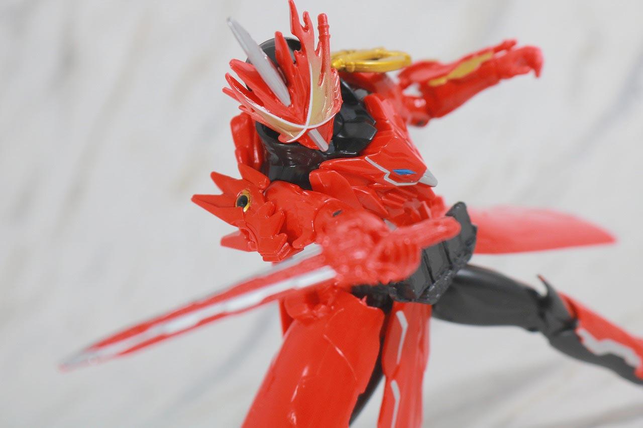 RKF 仮面ライダーセイバー ドラゴニックナイト&ワンダーコンボセット レビュー クリムゾンドラゴン アクション