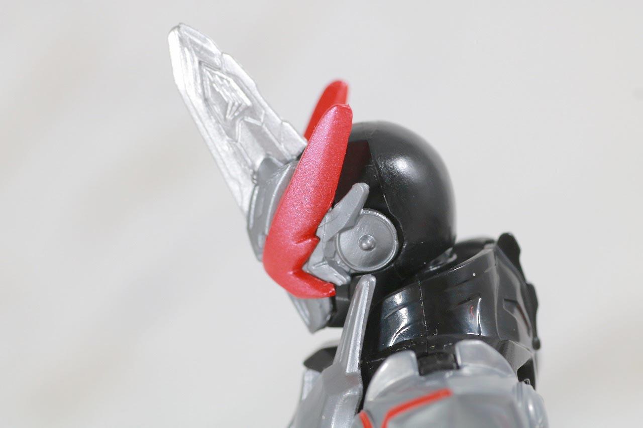 RKF 仮面ライダーセイバー ドラゴニックナイト&ワンダーコンボセット レビュー 本体 ドラゴニックナイト