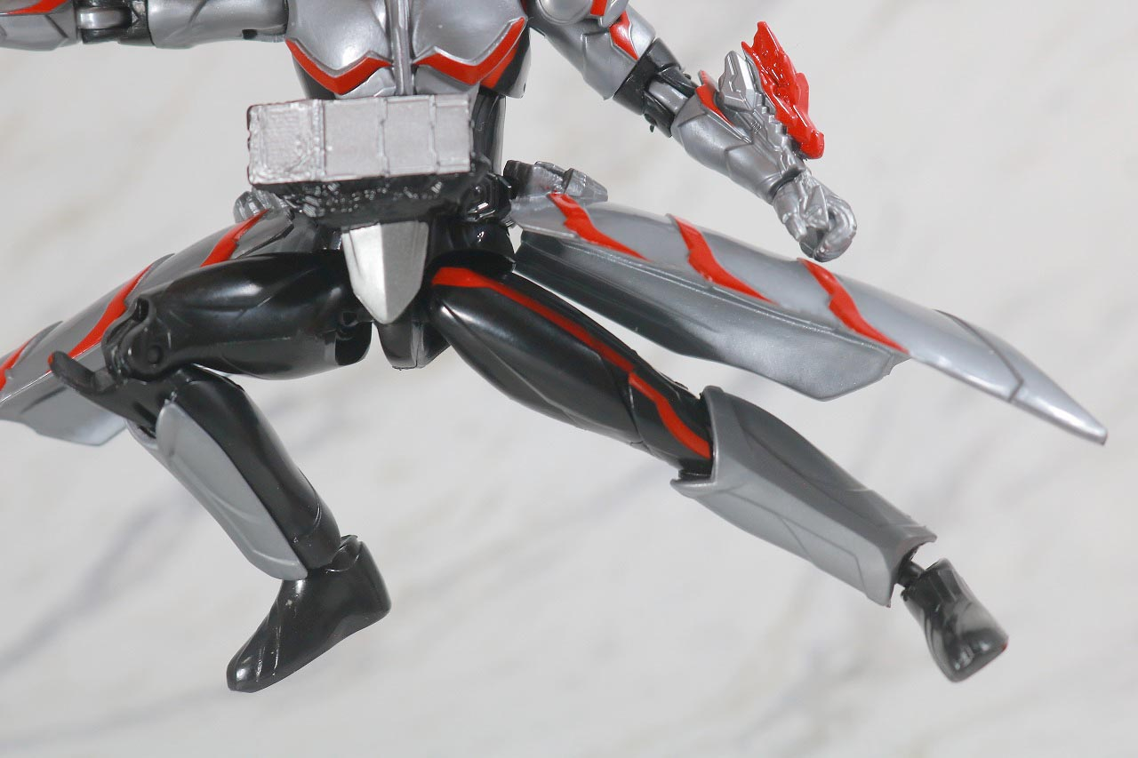 RKF 仮面ライダーセイバー ドラゴニックナイト&ワンダーコンボセット レビュー 可動範囲 ドラゴニックナイト