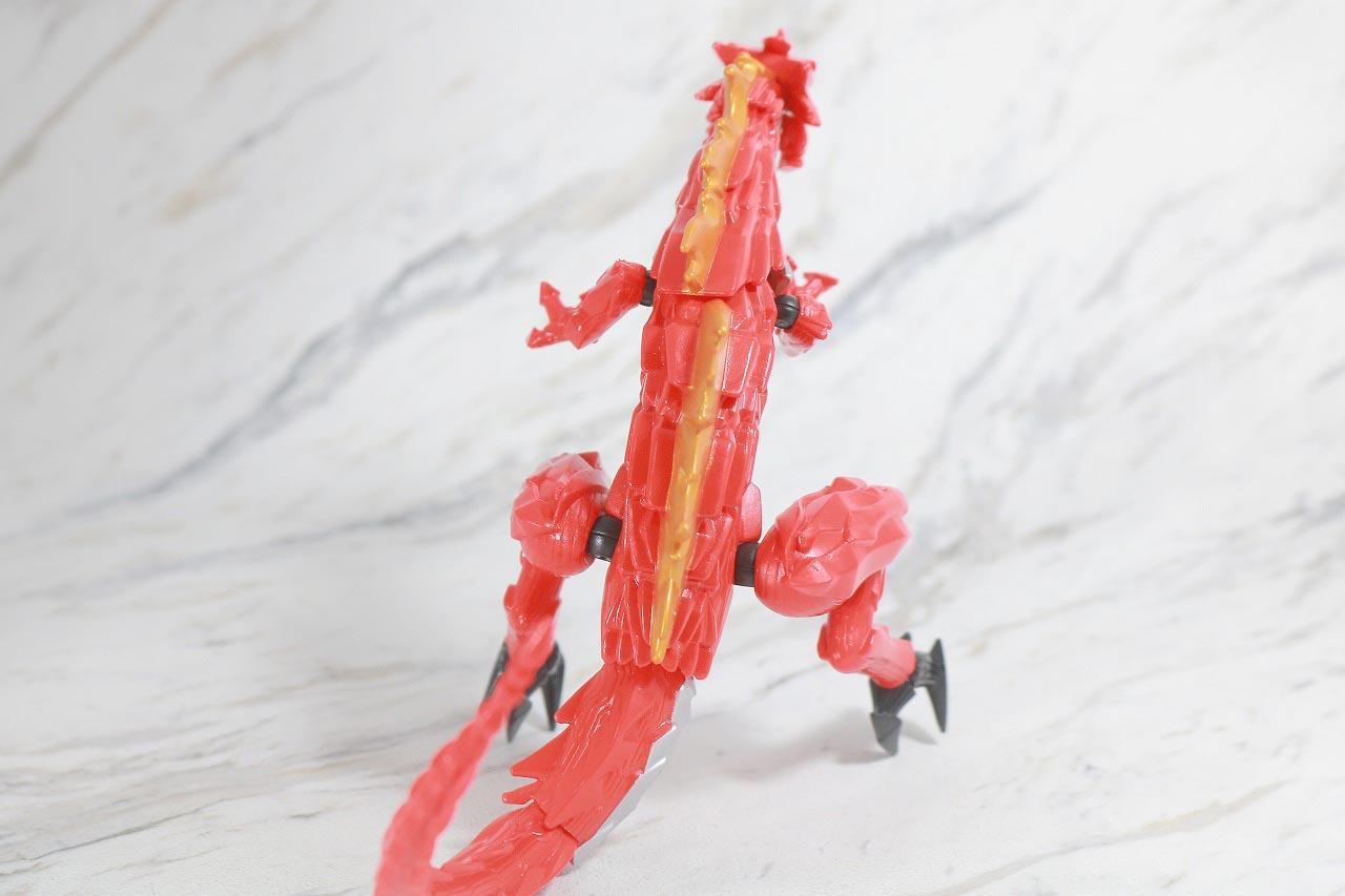 RKF 仮面ライダーセイバー ドラゴニックナイト&ワンダーコンボセット レビュー ブレイブドラゴン 本体