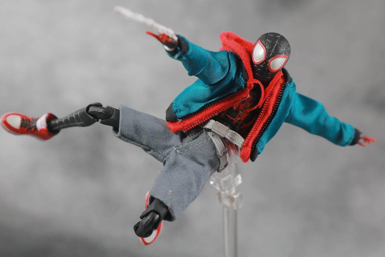 MAFEX スパイダーマン(マイルス・モラレス『スパイダーバース』) レビュー