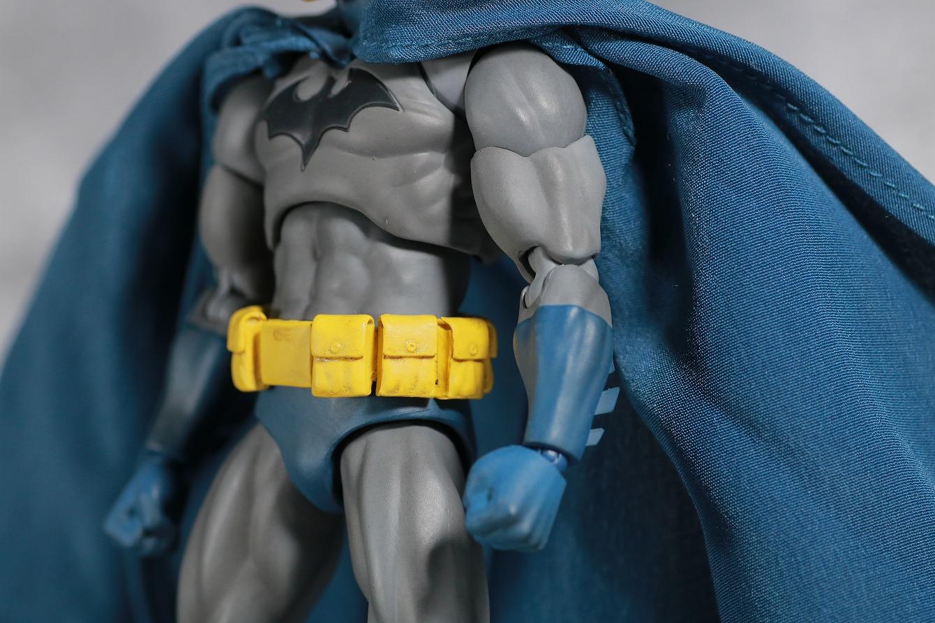 MAFEX バットマン HUSH レビュー 本体