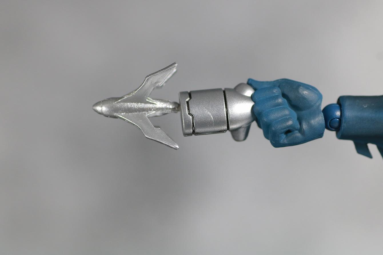 MAFEX バットマン HUSH レビュー 付属品 グラップルガン