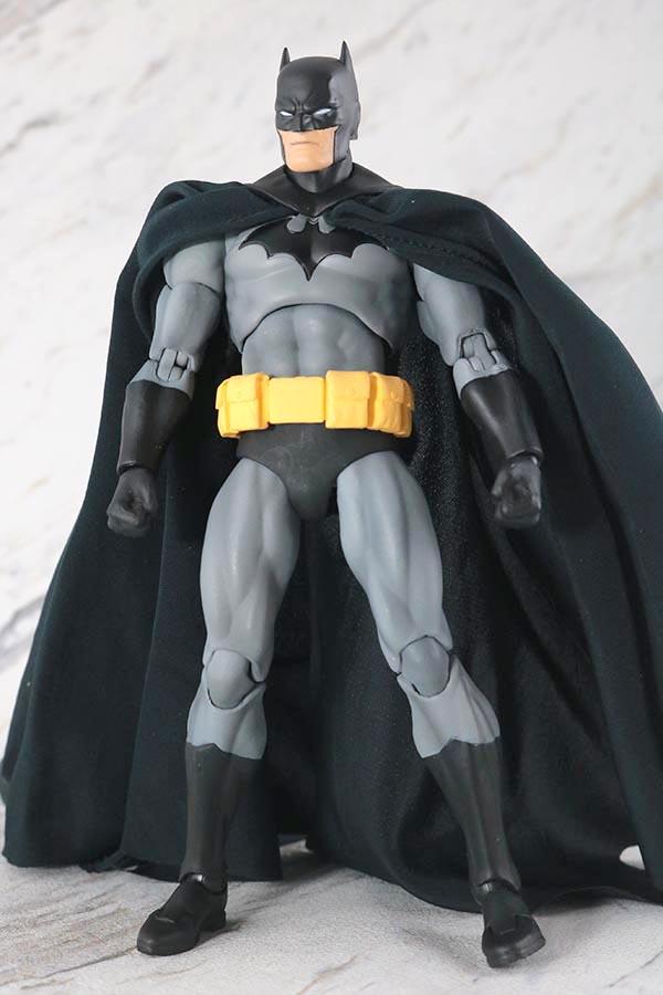 MAFEX バットマン HUSH BLACK ver. レビュー 本体