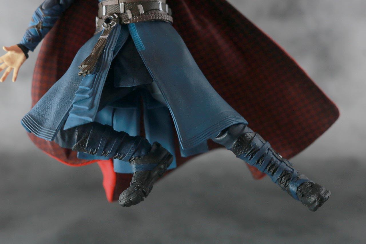 S.H.フィギュアーツ ドクターストレンジ BATTLE ON TITAN レビュー 可動範囲