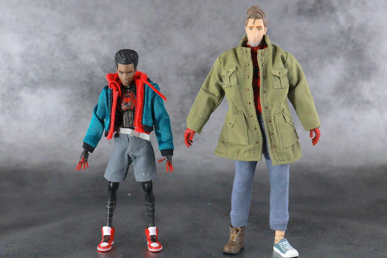 MAFEX スパイダーマン ピーター・B・パーカー レビュー 本体 マイルス・モラレス 比較