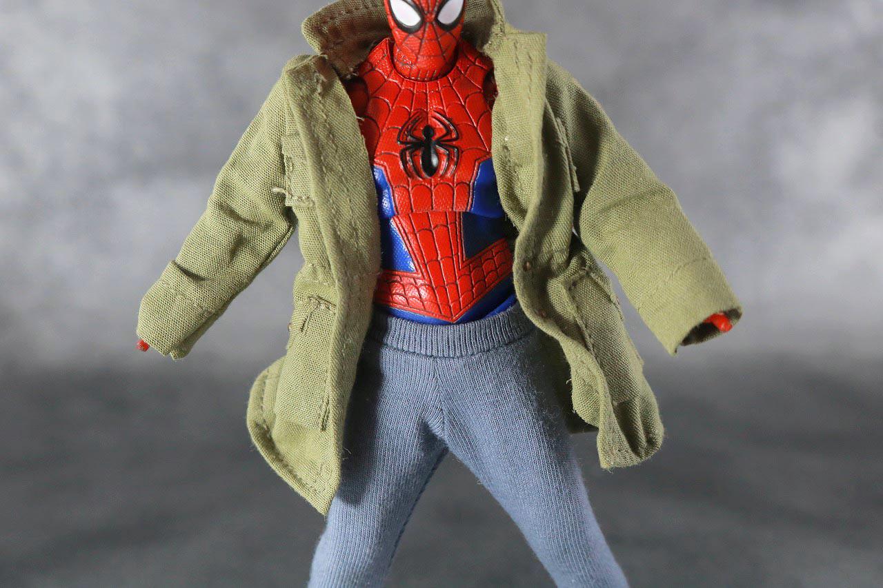 MAFEX スパイダーマン ピーター・B・パーカー レビュー 本体 服 着脱