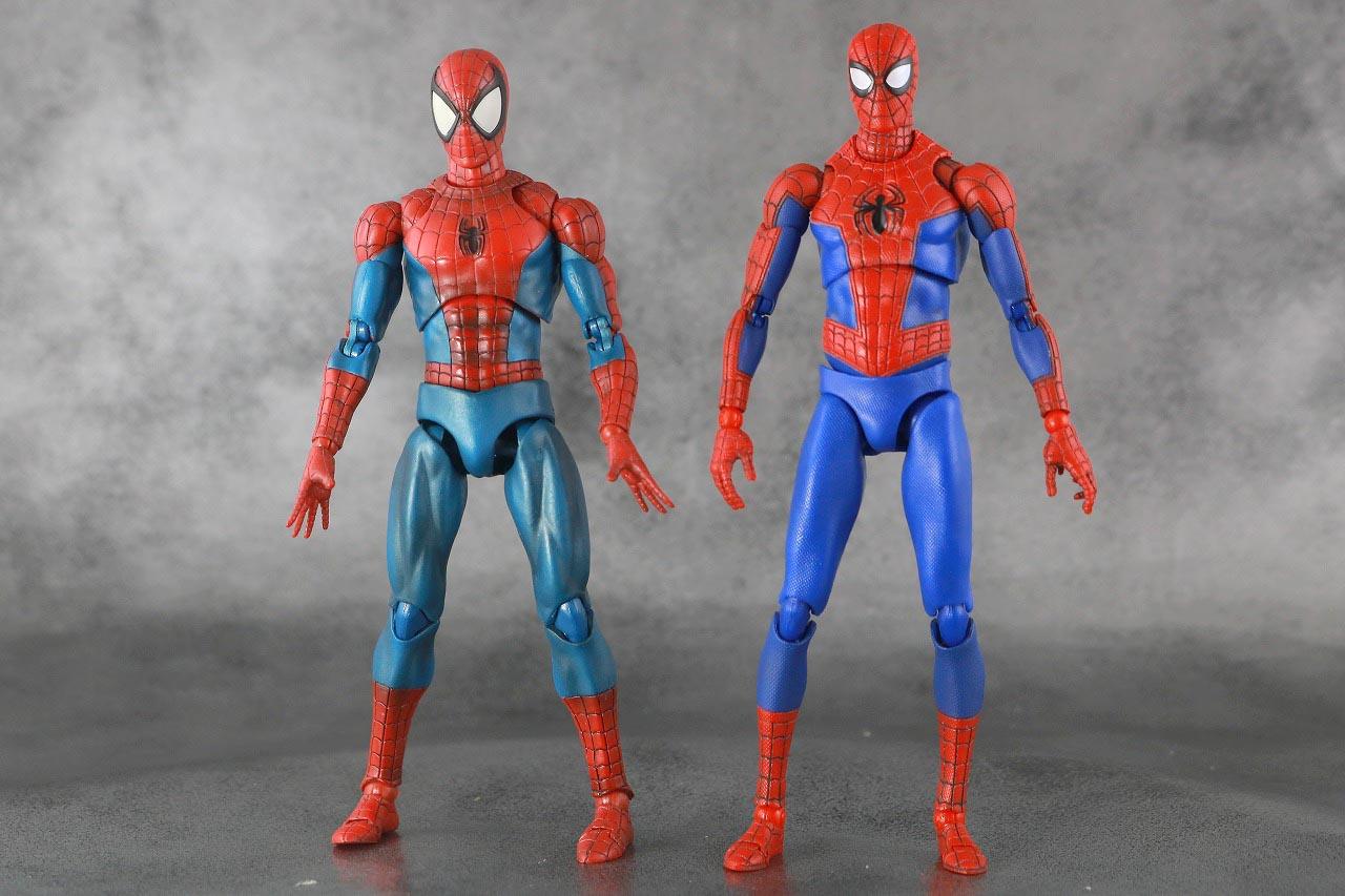 MAFEX スパイダーマン ピーター・B・パーカー レビュー 本体 スーツ コミック版 比較