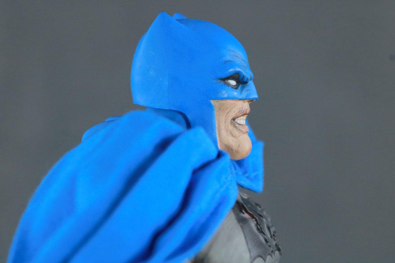 MAFEX バットマン TDKR:The Dark Knight Triumphant レビュー 本体