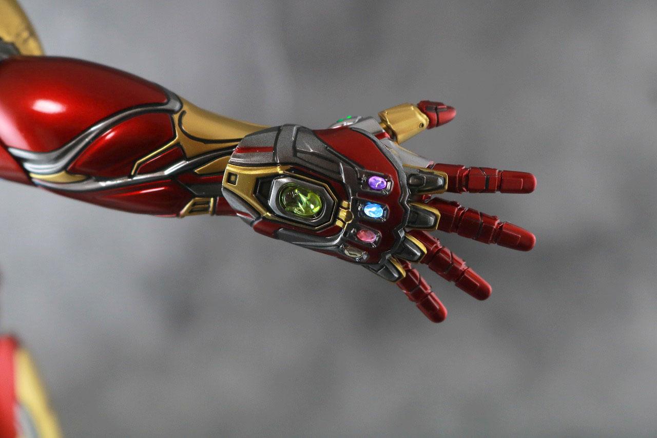 ホットトイズ ムービー・マスターピース アイアンマン マーク85 レビュー ライトアップギミック