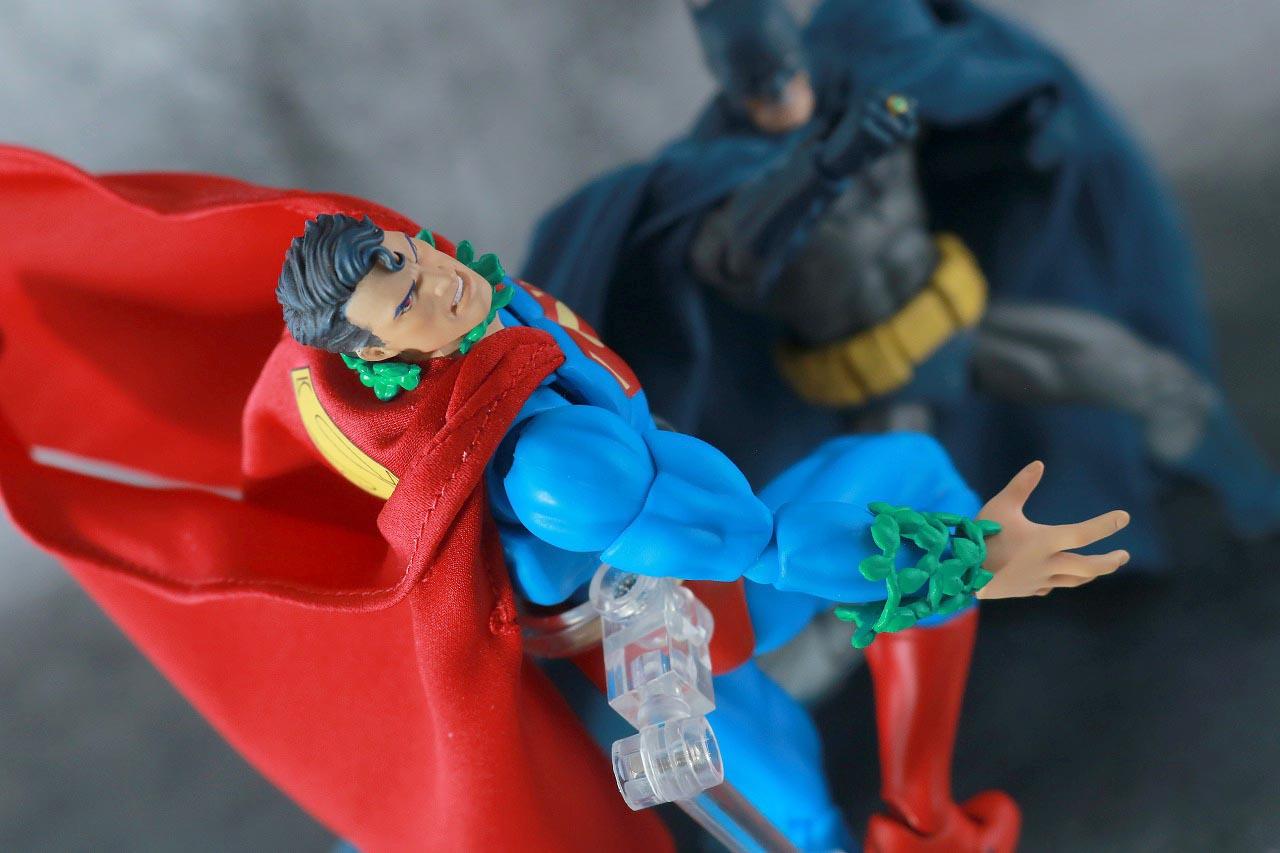 MAFEX スーパーマン Batman:HUSH Ver. レビュー アクション バットマン