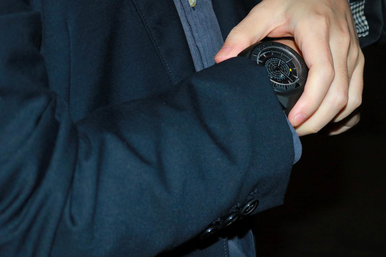 UNDONE BATMAN QUANTUM: BLACK EDITION レビュー 時計 バットマン 着用